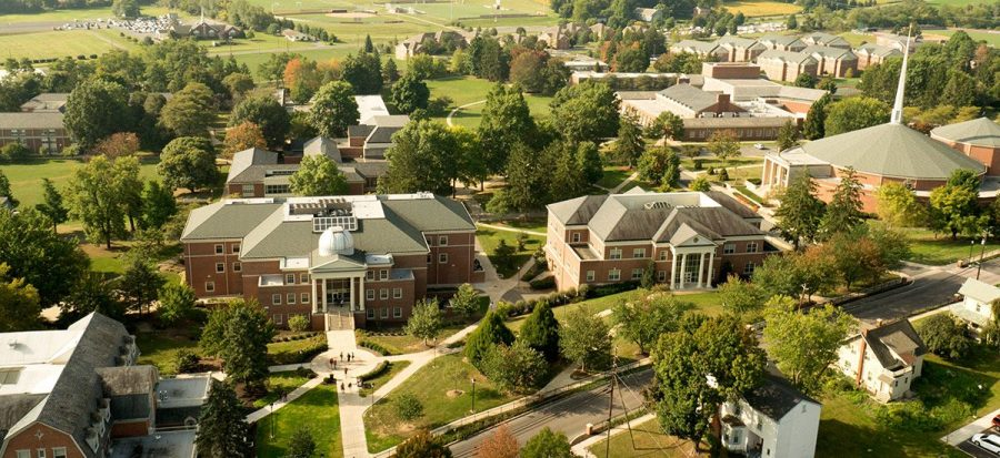 College+is+exciting%21+Getting+your+letters+of+recommendation+squared+away+is+a+crucial+step+before+you+can+spend+the+next+four+years+on+a+beautiful+campus+like+this%21